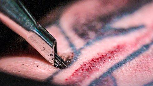 Где сделать татуировку