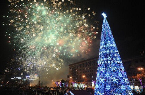 Новый год на площади
