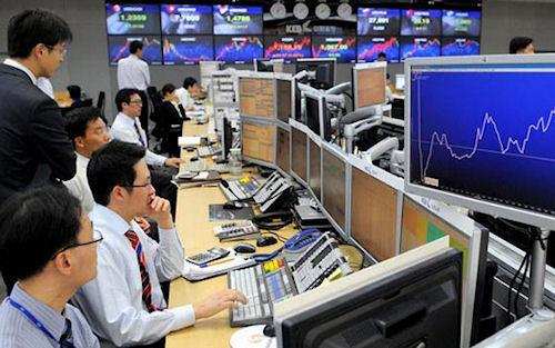 Плюсы и минусы самостоятельной работы на фондовом рынке