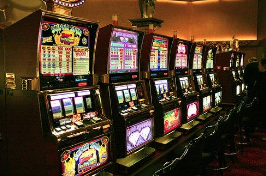Подсказки для игроманов: как играть и побеждать в интернете